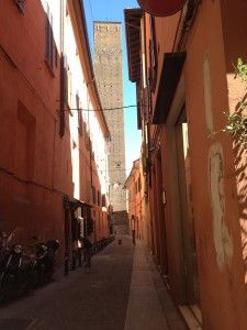 """""""Getting to know Bologna"""" by @journeytom"""