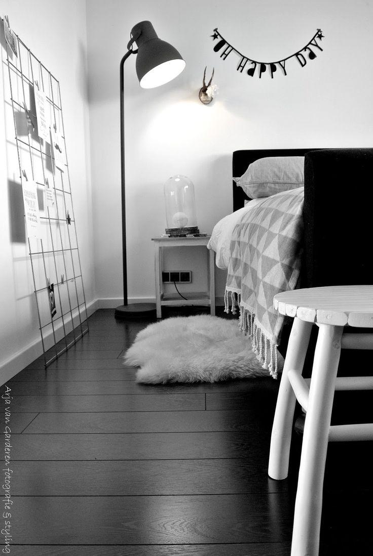 20 beste idee n over zwart wit slaapkamers op pinterest foto muren zwart witte kamers en - Witte muur kamer ...