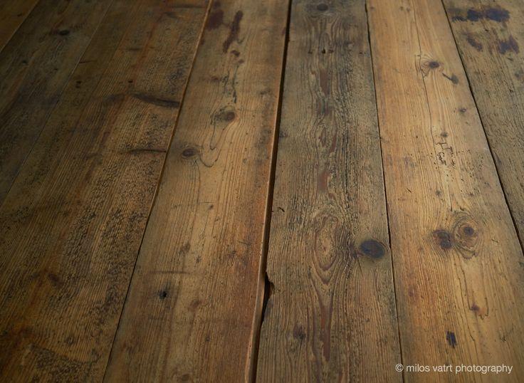 vintage wooden floor / miloš vatrt photography / studio  / my studio decorations
