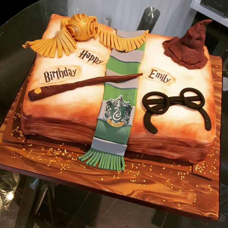 Harry Potter Cake Decorating Kit Uk : 17 Best images about Harry Potter Cake Ideas on Pinterest Cakes, Harry potter and Harry potter ...