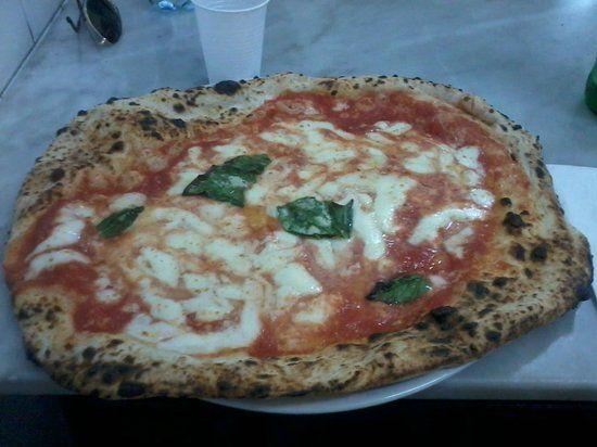 pizzeria-da-michele.jpg (550×412)