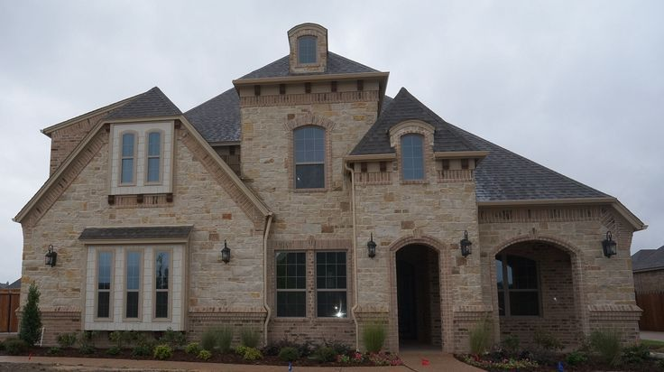 French Country Style Stone Color Brick Combination
