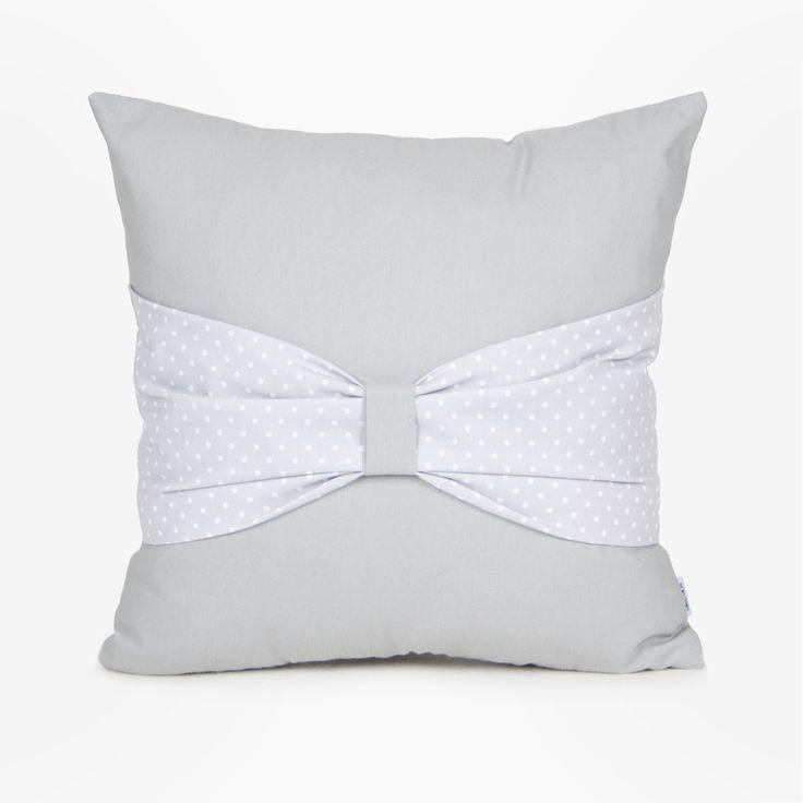 Home style: bow cushion / cojín lazo