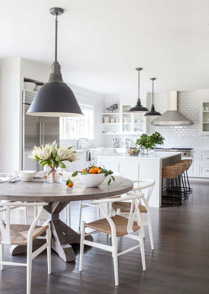 The 25 Best New England Farmhouse Ideas On Pinterest