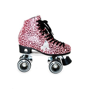 Moxi Ivy City Skates...i was at my best when i roller skated, still have mine which is a 700 dollar pair, but think im gonna fix em up to look like this:o)