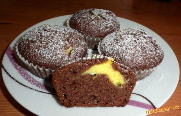 Čokoládové muffiny s krémem