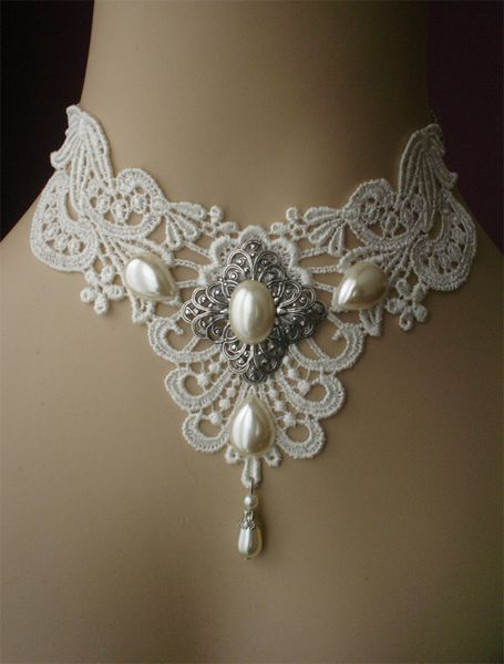 Bridal Choker Pearls and Lace