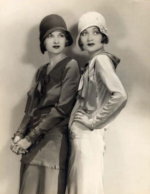 Joan and Constance Bennett, sister stars of many mediums. Constance was a popular film star in the 30s in famous films such as Topper with Cary Grant. She acted with some of the most enviable men in hollywood from Grant to Gable. Joan played innocent roles such as Amy in Little Women, then Femme Fatals and later wholesome mom characters in film such as the mom in Father of the Bride with Spencer Tracey. She then went on to TV to play in the popular show Dark Shadows.: 1920 S, Sister, Hats, Roaring 20 S, Fashion, Vintage, Constance Bennett, Flapper, 1920S
