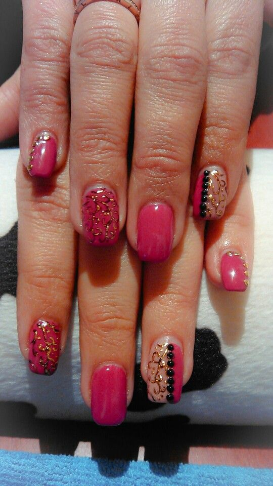 Gel nails berry tranfer foil design