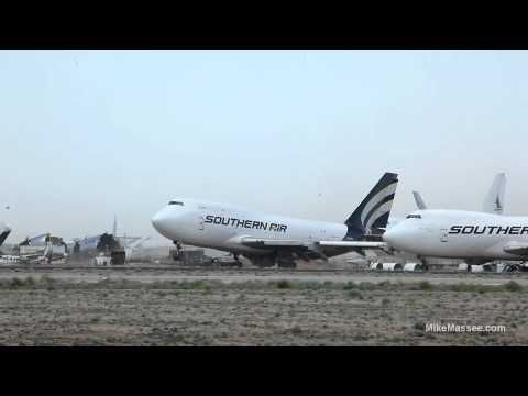 Amazing video of 747 lifting in place in extreme wind conditions - 1080P HD
