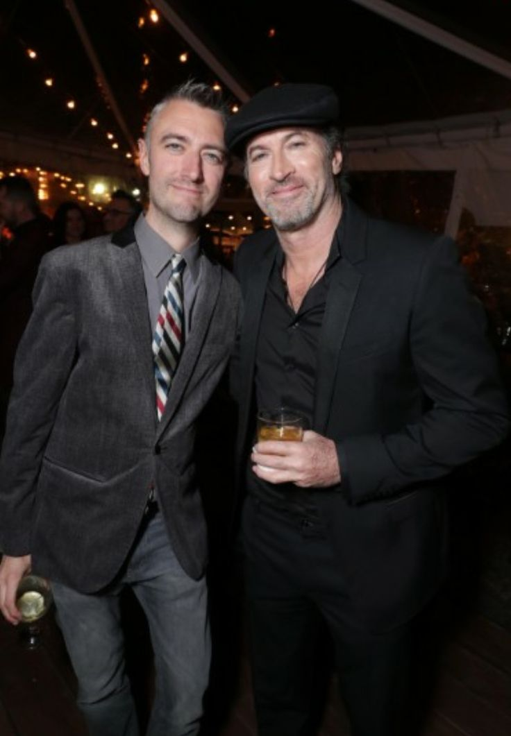 Scott Patterson looking good, but of course my ❤ Sean Gunn looking fine as fuck. 😍