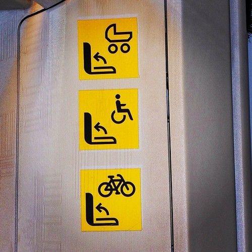 La cultura de la bicicleta dentro del transporte público en Europa esta años luz de España #berlin #bravebikers