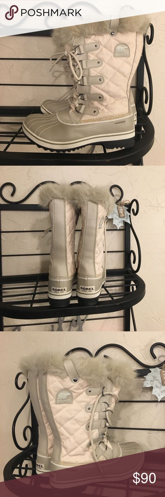 Sorel Women's Winter Boots Size 11 Like New. Worn only a few times. Just don't get enough winter weather. Size 11 Sorel Shoes Winter & Rain Boots