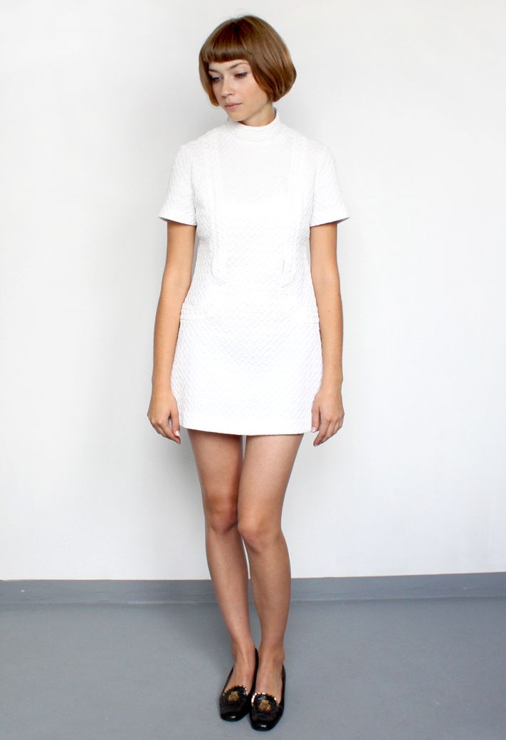 vintage/white 60's mini dress/aevintagestore http://www.aevintagestore.com