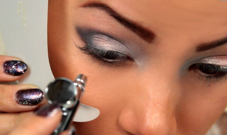 Easy step-by-step Dinair airbrushing tips! | DINAIR ...