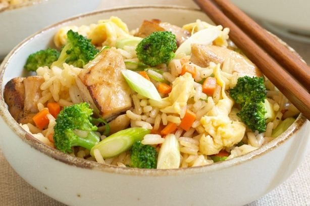 A tasty Chinese-style fried rice from Curtis Stone.  Ideal for mid-week dinners!