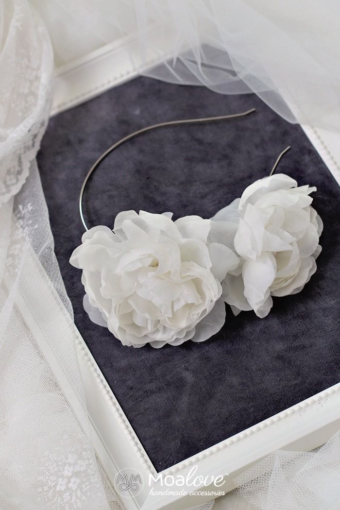Gardenia | silk flowers headband - MoaLove Accessories