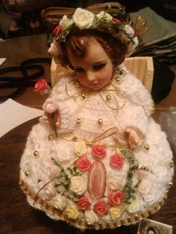 Vestidito para el niño Dios, esta  vestido de niño de rosas del Tepeyac.
