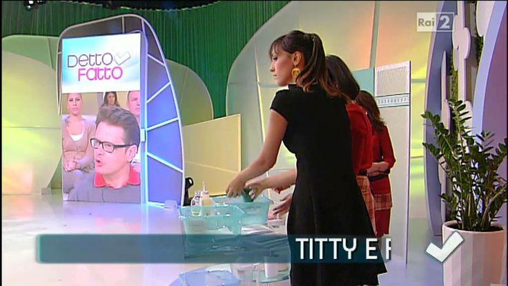 Detto Fatto - Titti e Flavia fanno brillare il bagno  12/11/2013
