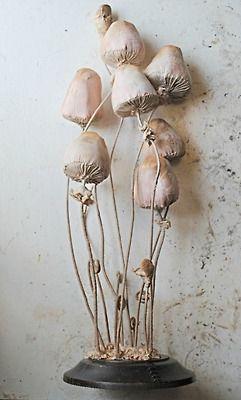 Esculturas têxteis da fauna e flora por Mr. Finch