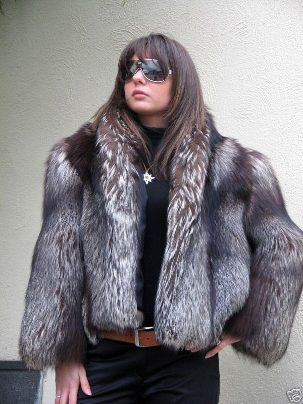 78  images about Furs & Softwear 20 on Pinterest | Coyotes Silver