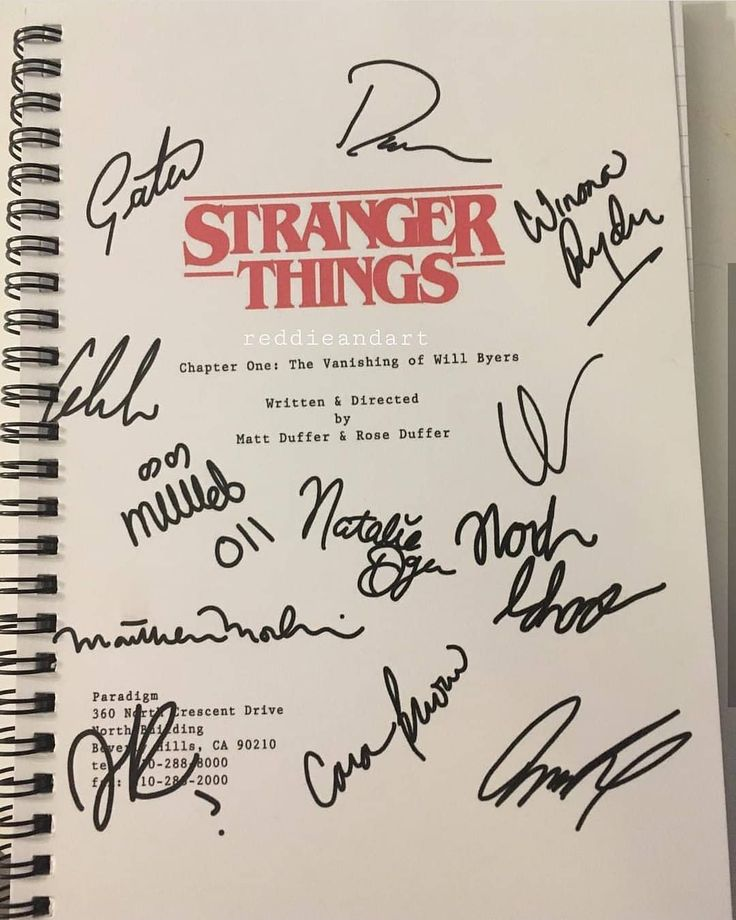 "2,109 Me gusta, 21 comentarios - Finn Froghard (@finnfroghardofficial) en Instagram: ""Sorry @reddieandart but i think, your gift is the best in the world. Lucky. #strangerthings…"""