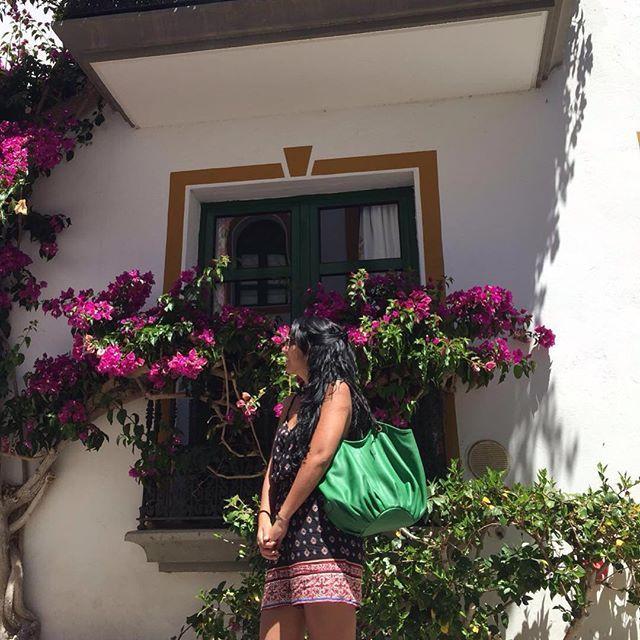 Our friend Tania with the Jade Talega #shoulderbag #thetalega #fashionbag