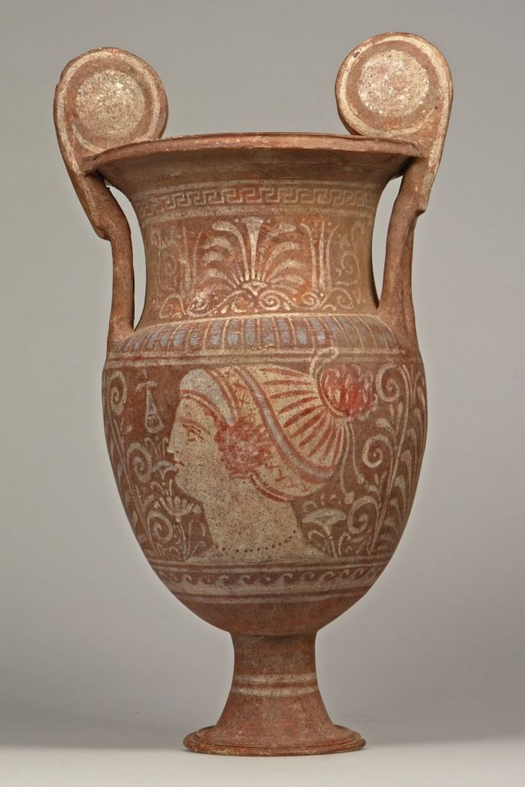 greek civilization pottery However, the role of pottery in ancient greek culture was far more functional as  its primary use was for the transportation and storage of such liquids as water.