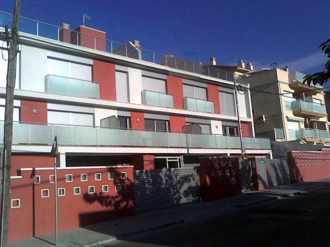 Edificio 12 viviendas, Tarragona / AMSA Arquitectura