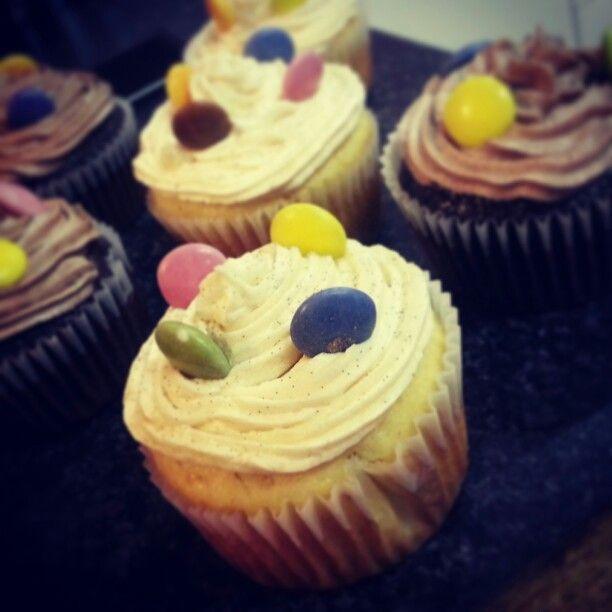 Vanilla smartie cupcakes