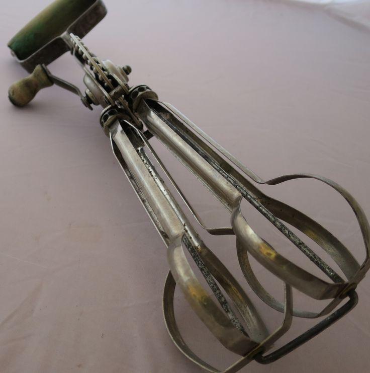 Swift Whip Whisk www.vintagetreasure.co.nz
