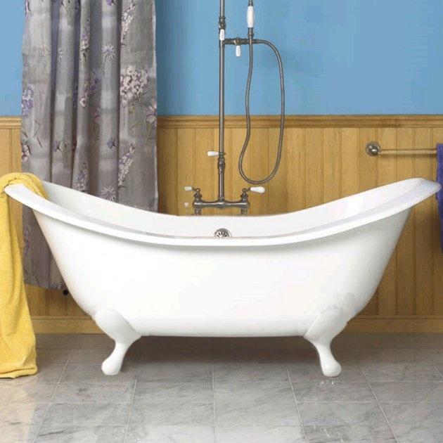 25 best ideas about douche de baignoire sur pattes sur for Salle de bain baignoire pied de lion