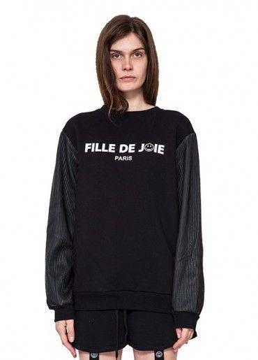 FILLE DE JOIE