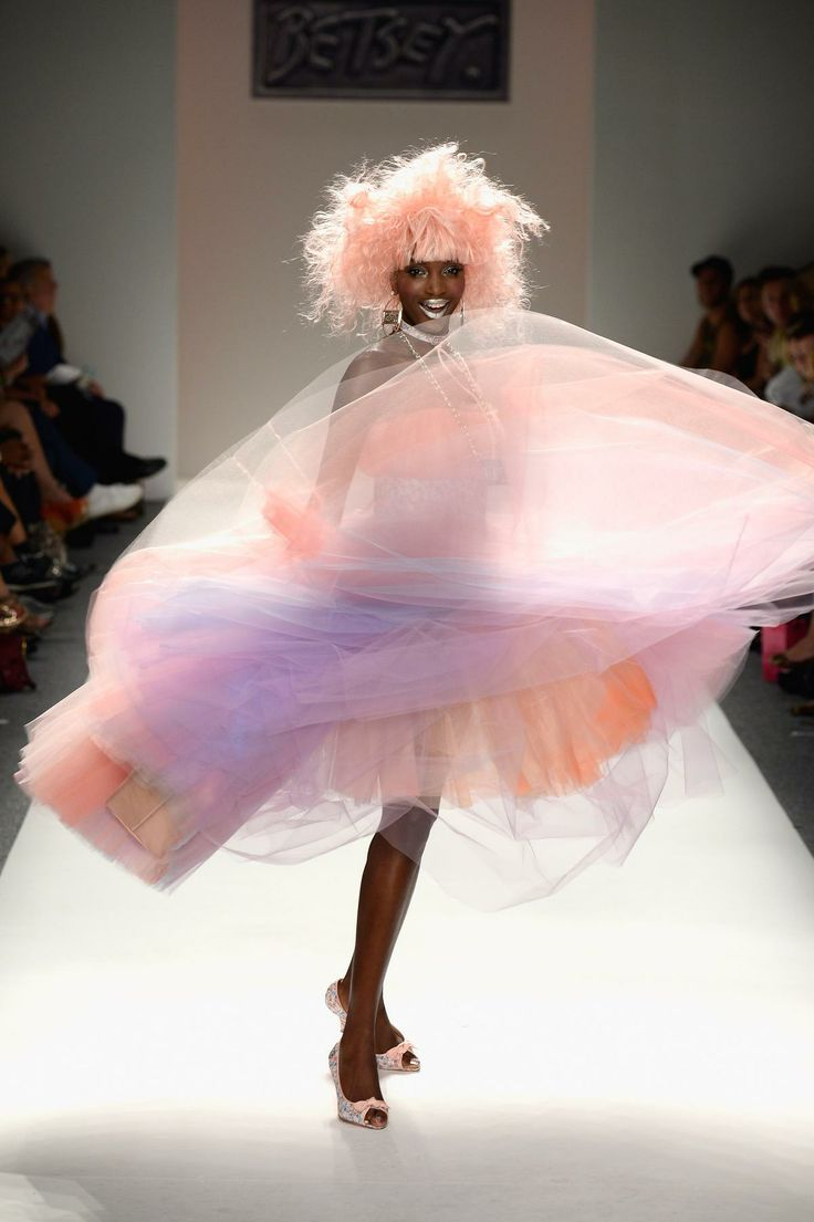 52 best Betsey johnson images on Pinterest | Fashion show, Betsey ...