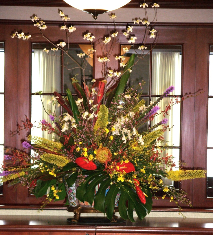 Lush tropical blooms in a contemporary design,
