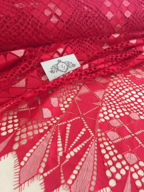 Framboos rood kant stof, kant, Lace Lingerie, Alencon Lace door de tuin kant, Frans kant, Lace bruiloft, bruids kant, geborduurde sluier