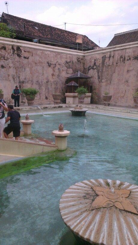 Sultans private pool