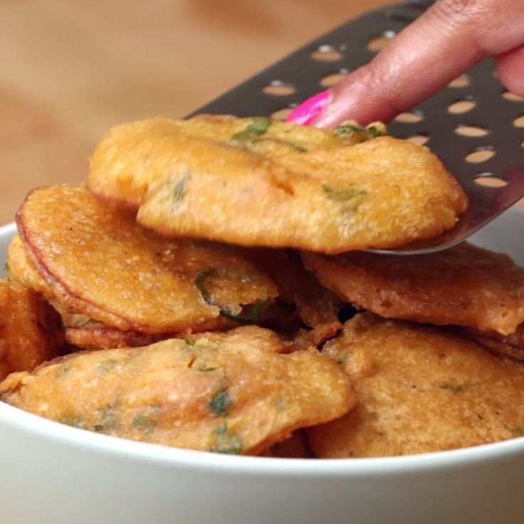 74 best indian vegetarian recipes images on pinterest dinners potato bhajiasmy fatass thought it was a chocolate chip cookie when they put it on the plate in the beginning forumfinder Images