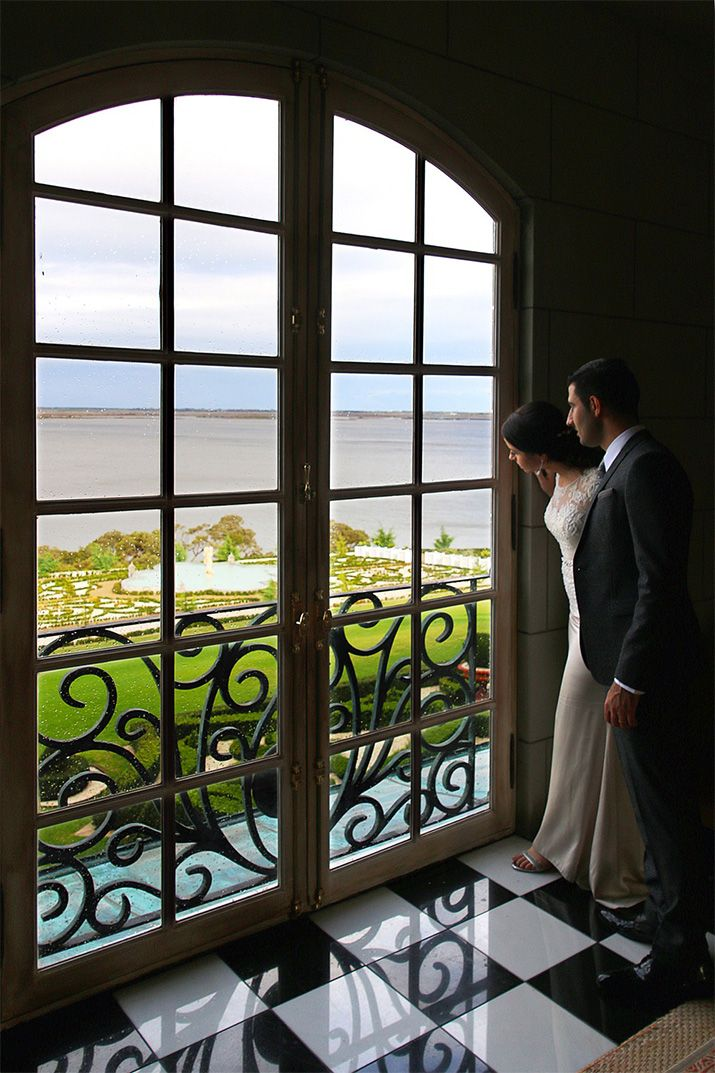 Campbell Point House – A luxury wedding venue close to Melbourne. Check out my blog post for more photos.