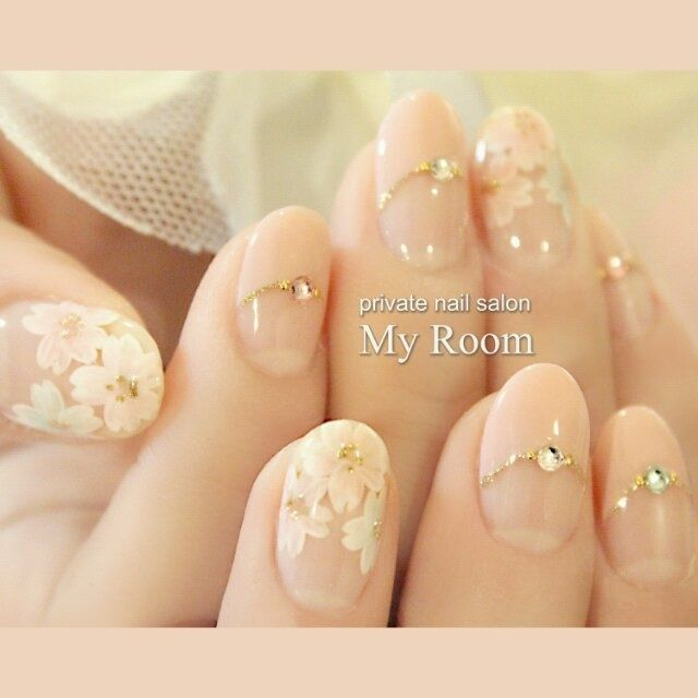 Cherry blossoms and nude French #my_room