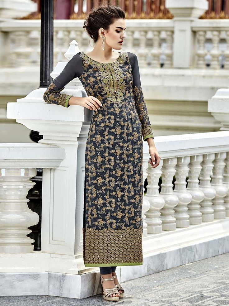 It will bring a new sprit of luxury and glamour for you.  Item code: SLHPA2122 http://www.bharatplaza.com/new-arrivals/salwar-kameez.html
