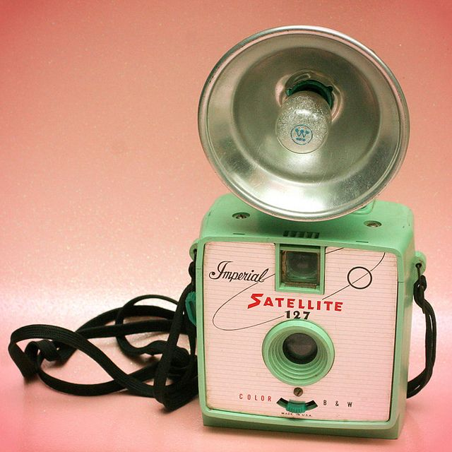 On the lookout for one of these cuties. :)Baby Products, The Flash, Mint Green, Vintage Cameras, Baby Toys, Vintage Green, Vintage Toys, Old Cameras, Kids Toys