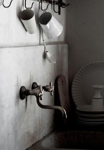 simple http://www.amazon.com/Take-Me-Home-Sheila-Blanchette-ebook/dp/B00HRFZ8GC/ref=sr_1_4?s=digital-text&ie=UTF8&qid=1392647389&sr=1-4&keywords=take+me+home