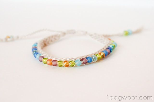 Crochet Beaded Friendship Bracelet, free pattern from One Dog Woof  #handmade #jewelry #beading