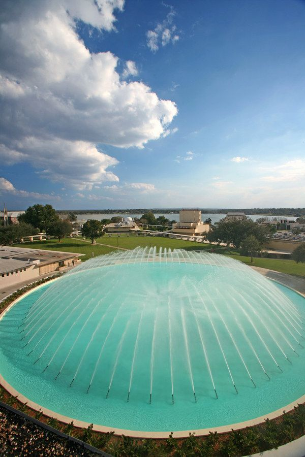 From @Buzzfeed - Florida Southern College | America The Beautiful: College Campus Edition