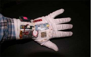 Circuit Cellar: Designing Wireless Data Gloves