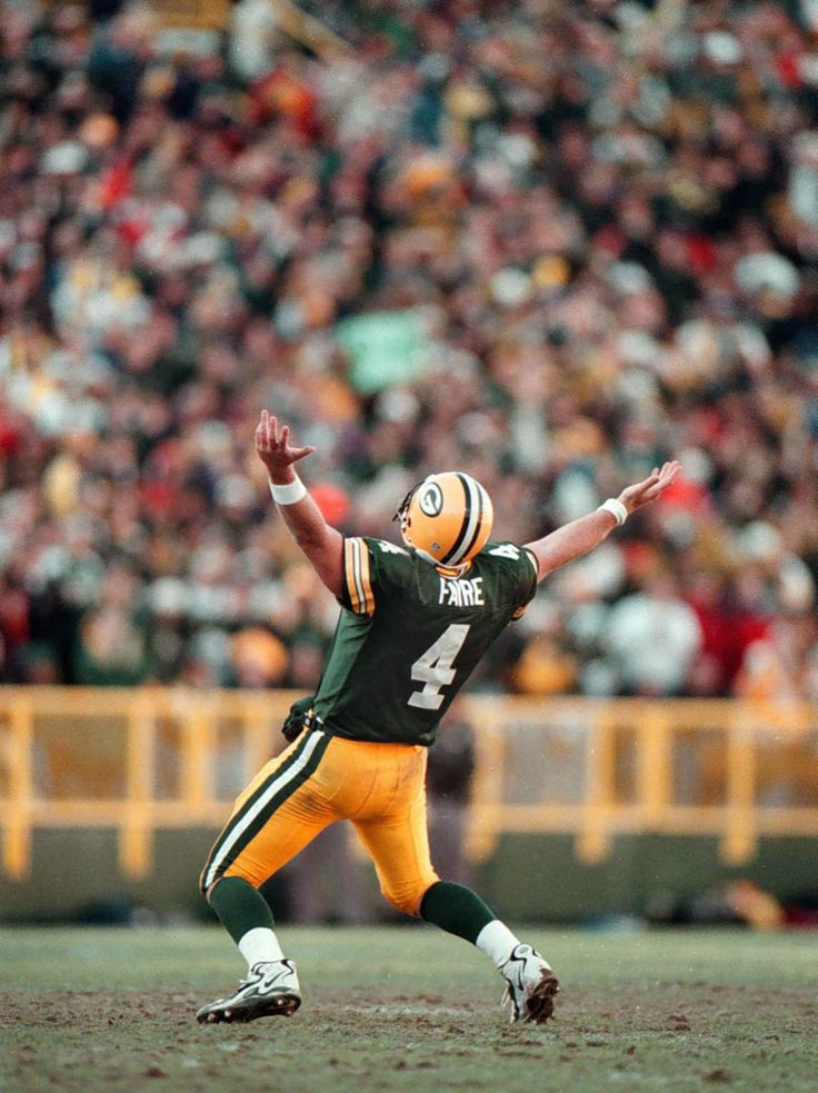Brett Favre doesn't 'really care' that Peyton Manning will break his TD record | For The Win FOREVER FARVE! Packers 10.19.2014 http://ftw.usatoday.com/2014/10/brett-favre-doesnt-really-care-that-peyton-manning-will-break-his-td-record