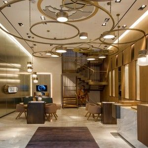 Best 25 jewelry store design ideas on pinterest retail for Retail interior design