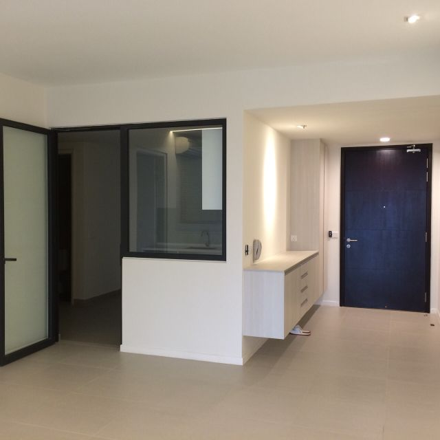 Jaya One, Petaling Jaya - ## Few units in hand, a variety of choices !! Don't miss it, call now 012-603 3126 BENJAMIN ## *** Jaya One @ PJ Serviced Residence For SALE *** – Built-up: 1,229 sf – 2R, 2B – Partly furnished – Very good location & ventilation – Good environment Please don't hesitate to call 012-6033126 BENJAMIN for viewing. Jaya One has easy access to all major highways. It is approximately 15 minutes away from Damans