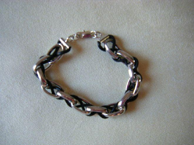 bracciale uomo con metallo colore argento e cordino nero, by crys_e_cri, 8,00 € su misshobby.com